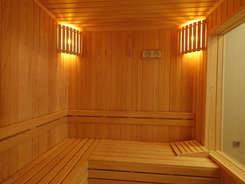 Golden Life Resort Hotel Sauna